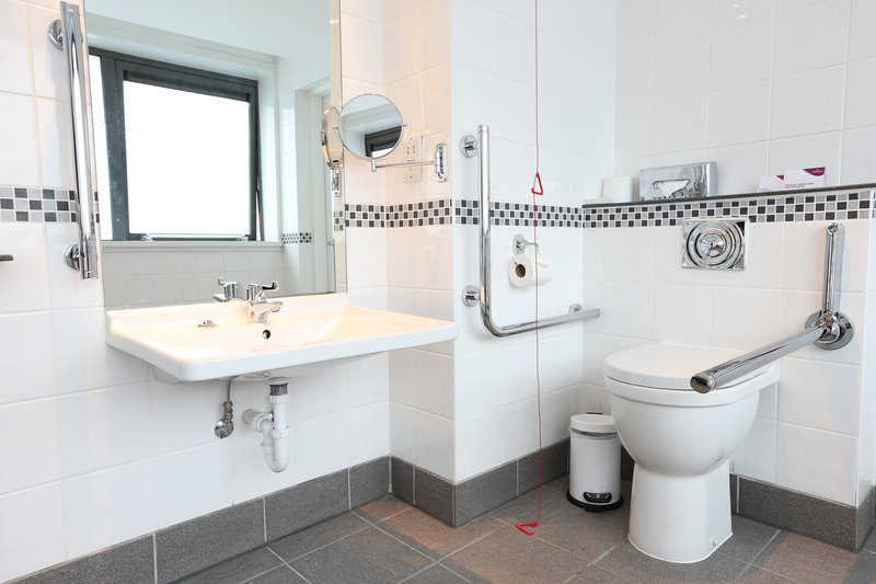 Crowne Plaza Manchester Airport-Accessible Guest Bathroom<br/>Image from Leonardo