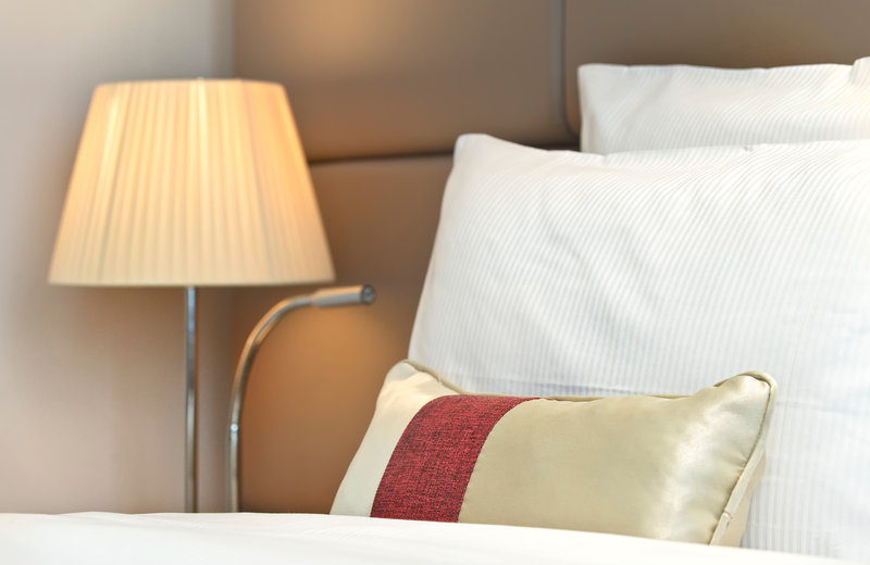 Crowne Plaza Manchester Airport-Guest Room<br/>Image from Leonardo