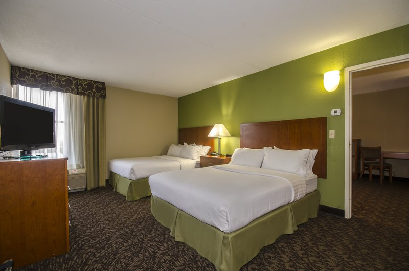 Holiday Inn Hotel & Suites Mansfield-Conference Ctr-This Spacious Suite can Sleep up to 6 People<br/>Image from Leonardo