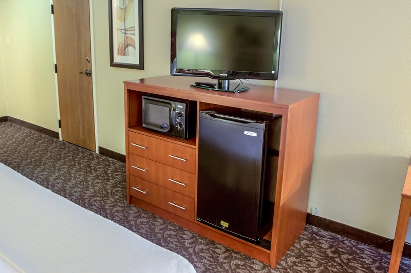 Holiday Inn Hotel & Suites Mansfield-Conference Ctr-microwave and refrig in every room<br/>Image from Leonardo