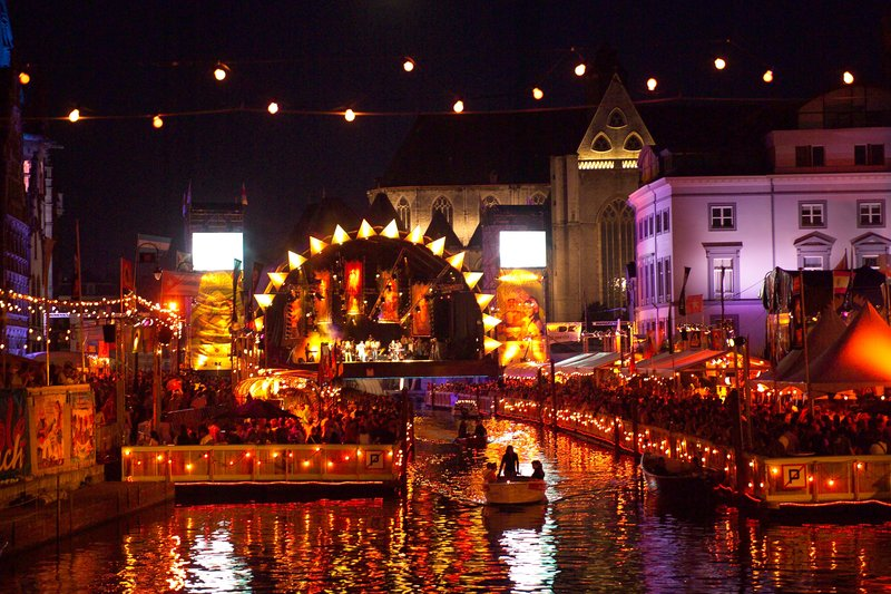 Holiday Inn Express Gent-The Ghent Festival, 10 days of free feasts & music in July (4 Km)<br/>Image from Leonardo