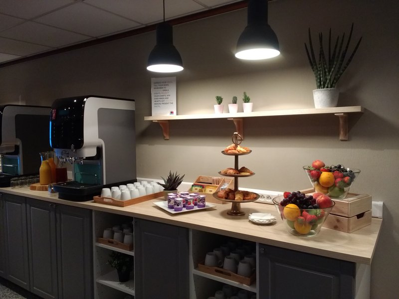 Holiday Inn Express Gent-Holiday Inn Express Meeting Refreshments<br/>Image from Leonardo