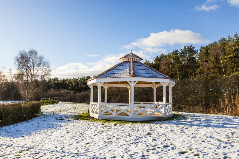 Holiday Inn Newcastle - Gosforth Park-A chilly looking pavillion<br/>Image from Leonardo