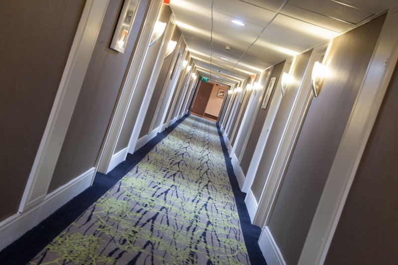 Holiday Inn Newcastle-Jesmond-Bedroom corridor<br/>Image from Leonardo