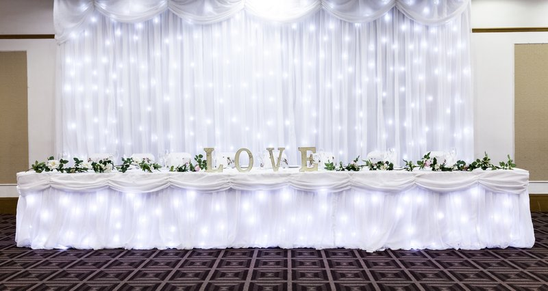 Holiday Inn Newcastle - Gosforth Park-Top table set up for a wedding reception<br/>Image from Leonardo
