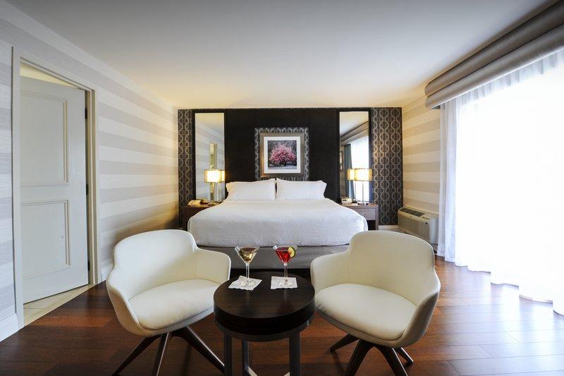 Holiday Inn Niagara Falls - by the Falls-Unwind in our Executive King room after exploring Niagara Falls<br/>Image from Leonardo