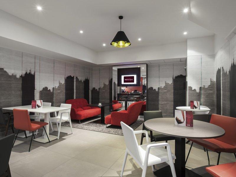 Mercure Lille Centre Grand Palace-Bar/Lounge<br/>Image from Leonardo