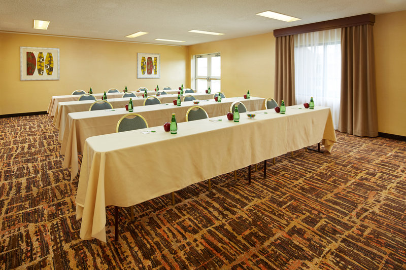 Holiday Inn Hotel & Suites Santa Maria-Mesquite Meeting Room<br/>Image from Leonardo