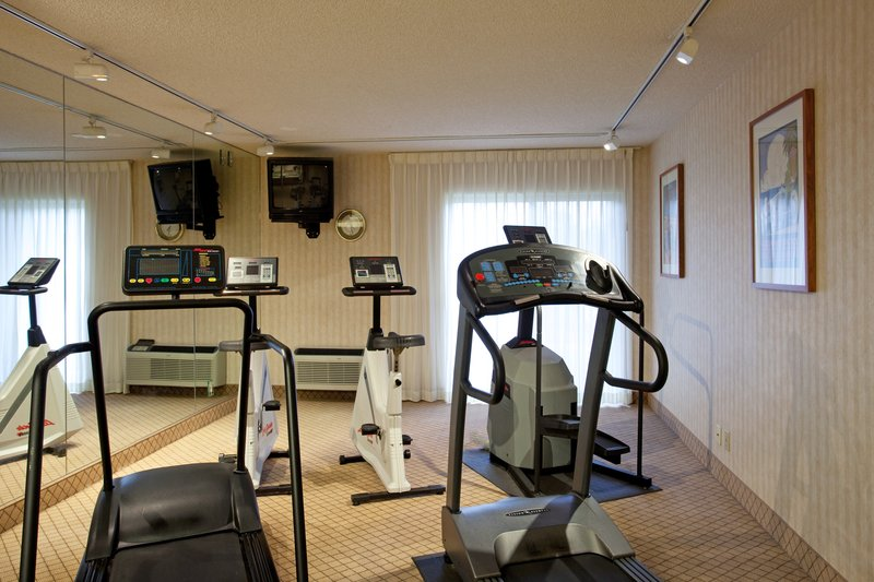 Holiday Inn Hotel & Suites Santa Maria-Fitness Center<br/>Image from Leonardo