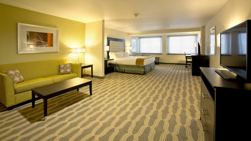Holiday Inn Express & Suites Colorado Springs Central-Kids Suite w/Sofa Sleeper and Wet Bar<br/>Image from Leonardo