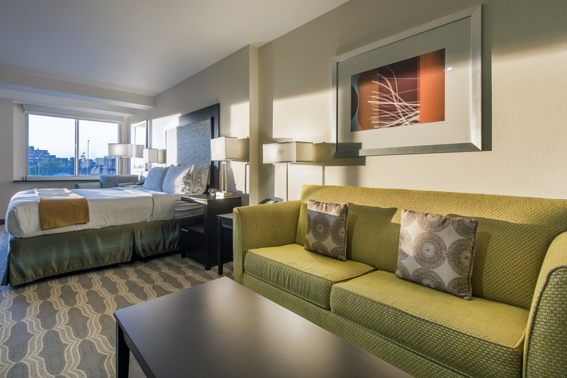 Holiday Inn Express & Suites Colorado Springs Central-King deluxe hearing accessible room with a view.<br/>Image from Leonardo