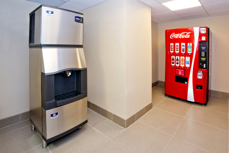 Holiday Inn Express & Suites Colorado Springs Central-Grab beverages, snacks and detergent in our hotel suite shop.<br/>Image from Leonardo