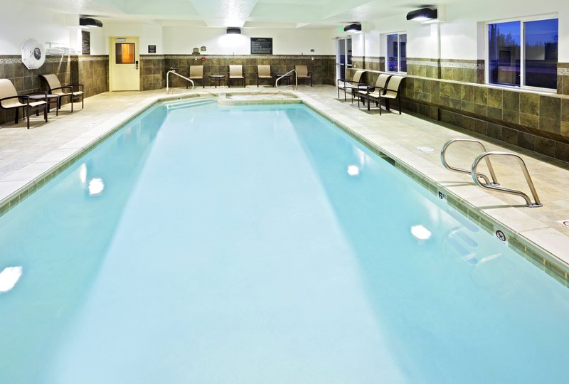 Holiday Inn Express & Suites Fairbanks-Now this is what we call a break from the winter blues.<br/>Image from Leonardo