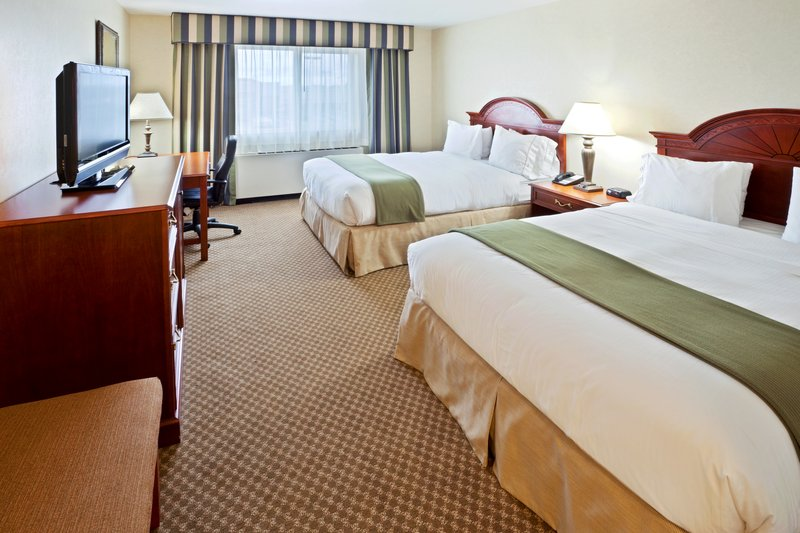 Holiday Inn Express & Suites Fairbanks-Queen Bed Guest Room<br/>Image from Leonardo