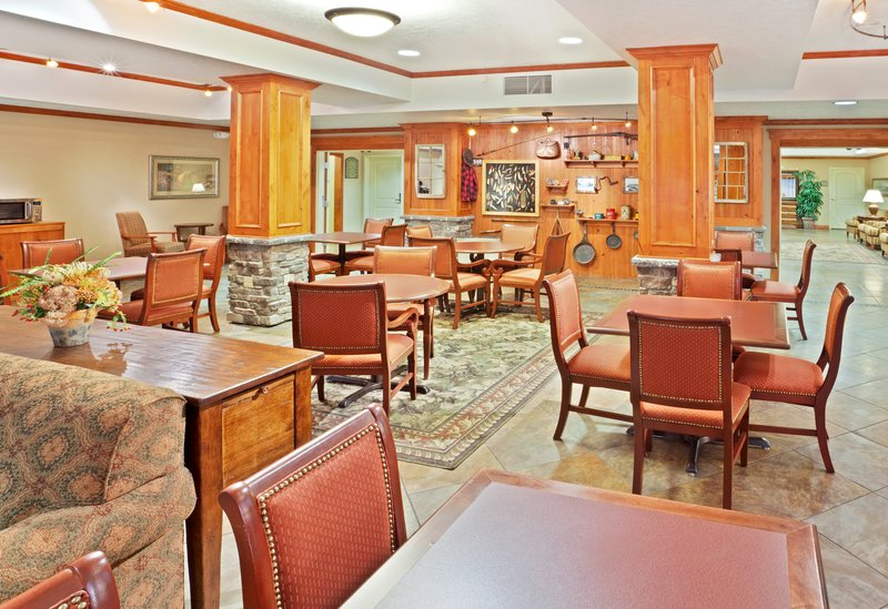 Holiday Inn Express & Suites Fairbanks-Enjoy our hot complimentary breakfast<br/>Image from Leonardo