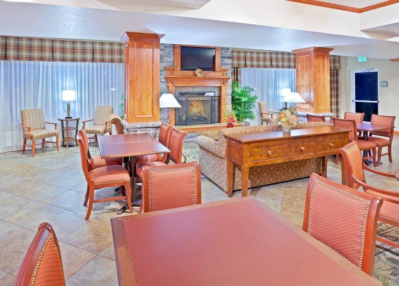 Holiday Inn Express & Suites Fairbanks-Breakfast Bar<br/>Image from Leonardo