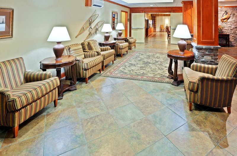 Holiday Inn Express & Suites Fairbanks-Hotel Lobby<br/>Image from Leonardo