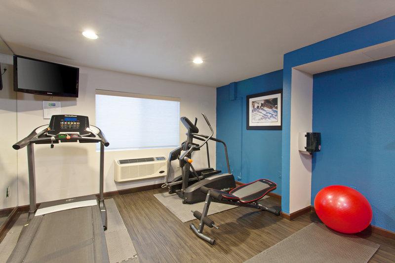 Holiday Inn Express Temecula-Fitness Center<br/>Image from Leonardo