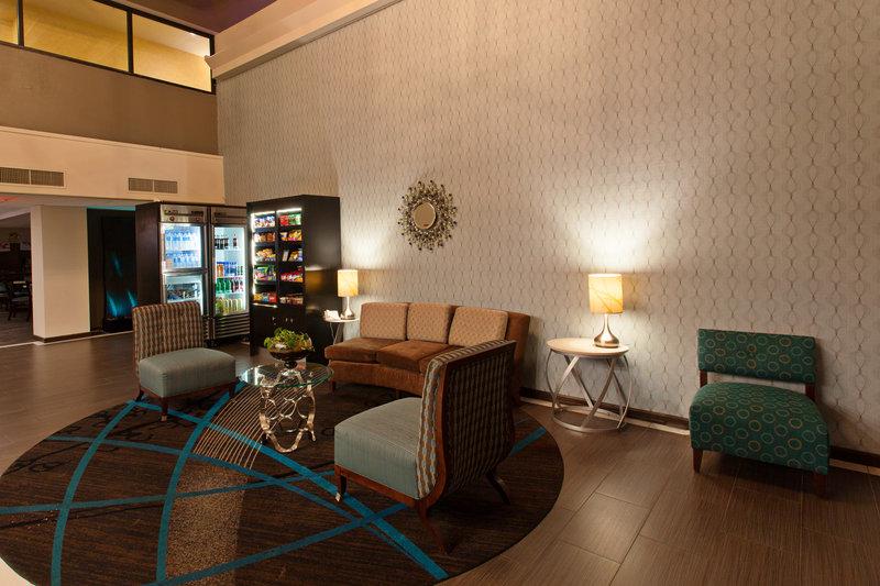 Holiday Inn Express Temecula-Hotel Lobby<br/>Image from Leonardo