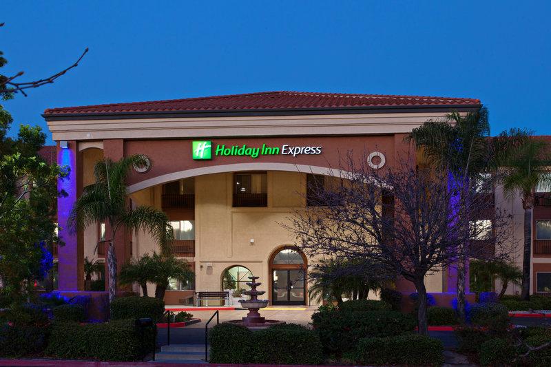 Holiday Inn Express Temecula-Hotel Exterior<br/>Image from Leonardo