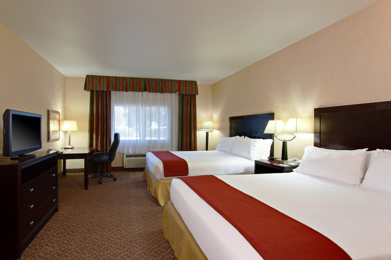 Holiday Inn Express Temecula-Queen Bed Guest Room with Flat Screen HD TV, Microwave, Fridge<br/>Image from Leonardo