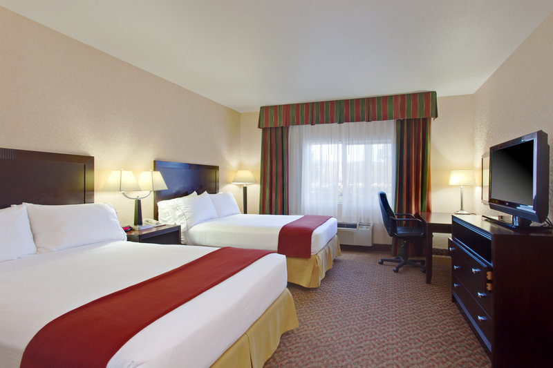 Holiday Inn Express Temecula-Spacious Double Bed Guest Room<br/>Image from Leonardo