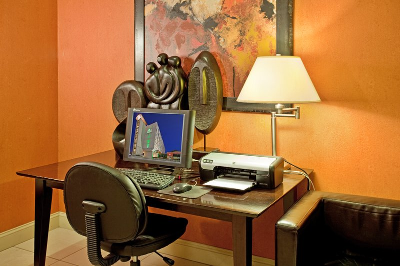 Holiday Inn Manhattan At The Campus-24 Hour Complimentary Business Center<br/>Image from Leonardo