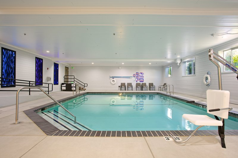 Holiday Inn Express and Suites-Swimming Pool<br/>Image from Leonardo