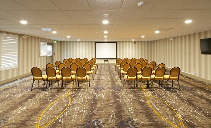 Holiday Inn Express and Suites-Meeting Room<br/>Image from Leonardo