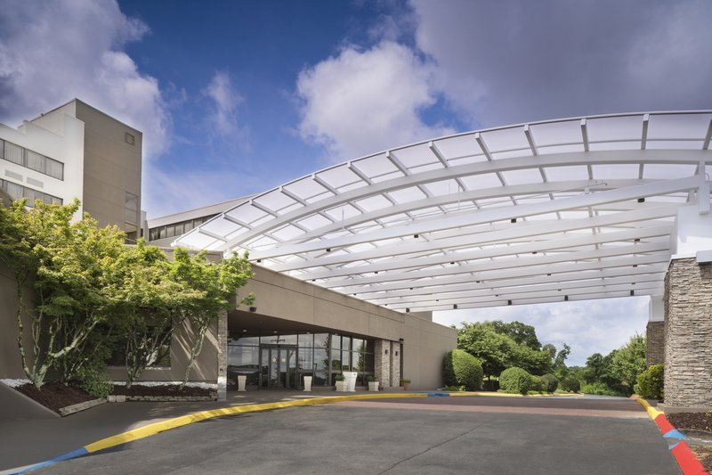 Holiday Inn Johnson City-Enjoy the convenience of free parking when you arrive.<br/>Image from Leonardo