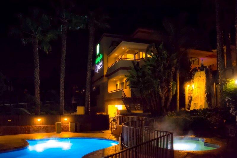 Holiday Inn Express grover Beach-Pismo Beach Area-Swimming Pool<br/>Image from Leonardo
