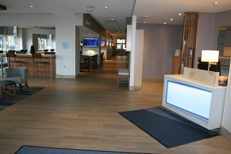 Holiday Inn Express & Suites Buffalo Downtown-Main entrance to lobby leading to TGI Friday's and Breakfast<br/>Image from Leonardo
