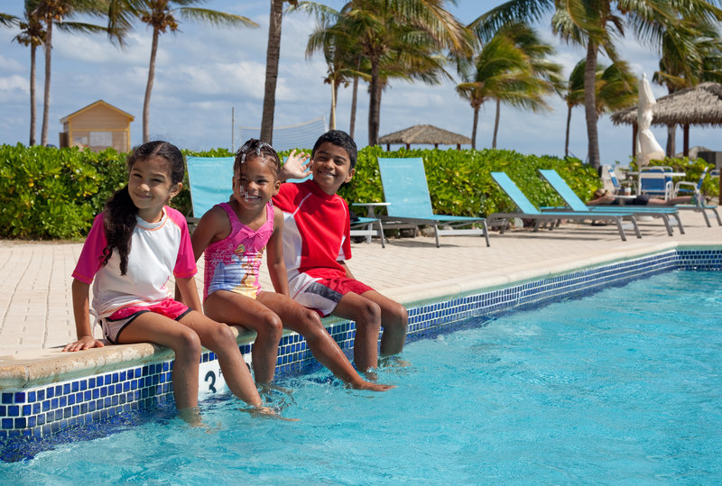 Holiday Inn Resort Grand Cayman-Fresh water pool with sun deck and kids pool<br/>Image from Leonardo