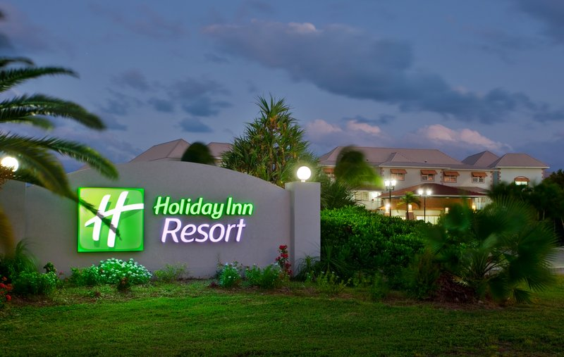 Holiday Inn Resort Grand Cayman-North Sound Golf Club, Holiday Inn<br/>Image from Leonardo