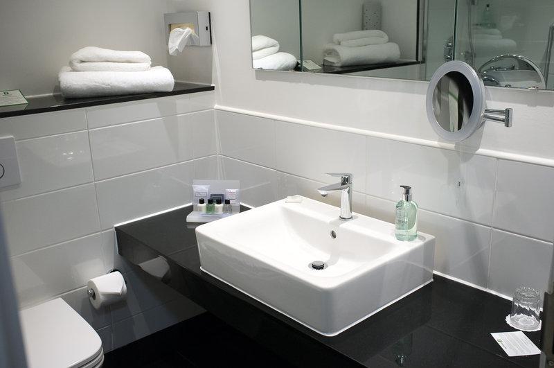 Holiday Inn Corby - Kettering A43-Executive Room - Bathroom Sink<br/>Image from Leonardo