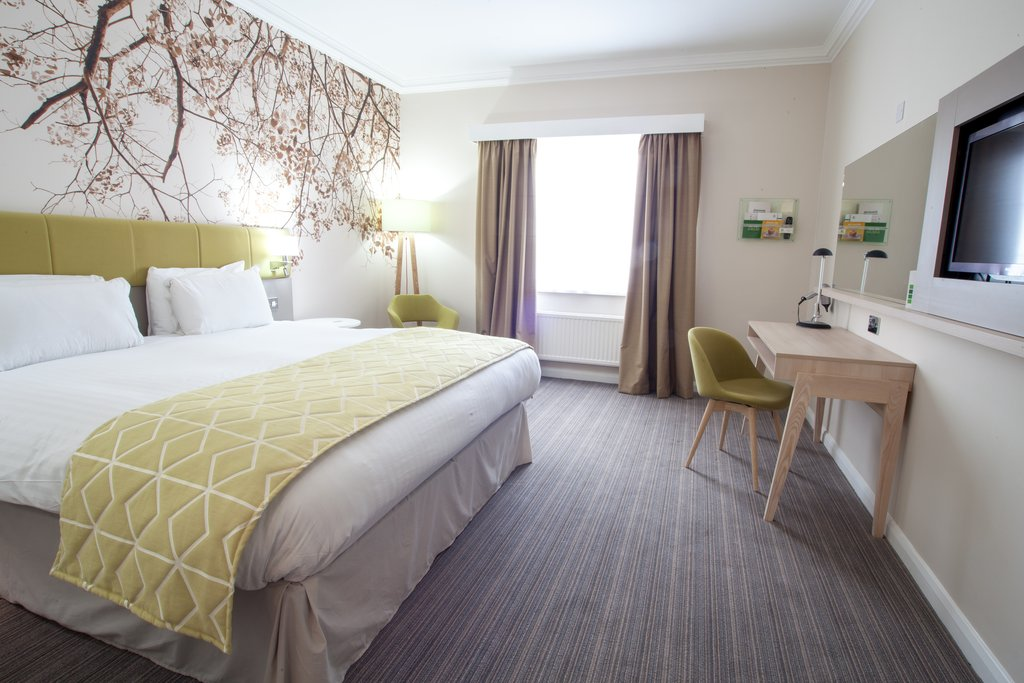 Holiday Inn Corby - Kettering A43-Guest Room<br/>Image from Leonardo