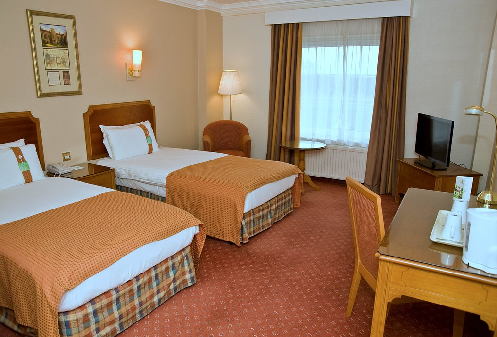 Holiday Inn Corby - Kettering A43-Standard Twin<br/>Image from Leonardo