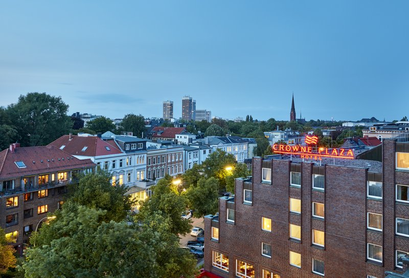 Crowne Plaza Hamburg - City Alster-The hotel's locale, just a 15-minute walk to central Hamburg.<br/>Image from Leonardo