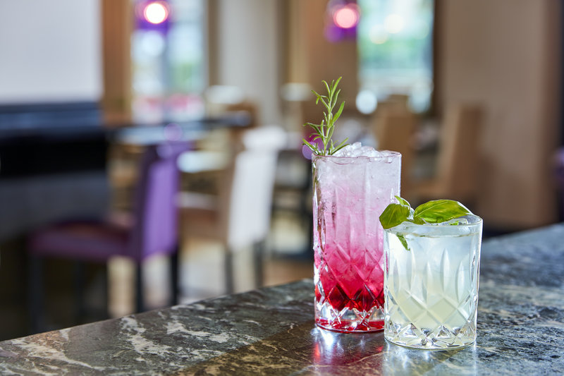 Crowne Plaza Hamburg - City Alst-Sophisticated cocktails on offer at the hotel's King George bar. <br/>Image from Leonardo