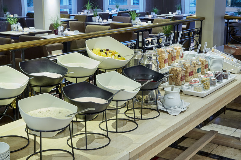 Crowne Plaza Hamburg - City Alst-Healthy choices for breakfast including yoghurt, muesli and fruit.<br/>Image from Leonardo