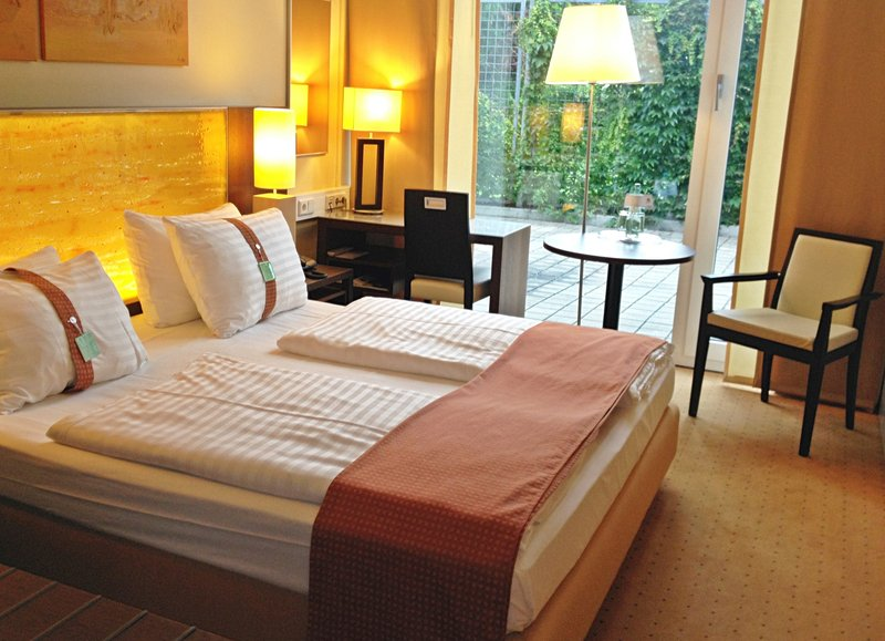 Holiday Inn Salzburg City-Mobility Accessible Room with King Size Bed.<br/>Image from Leonardo