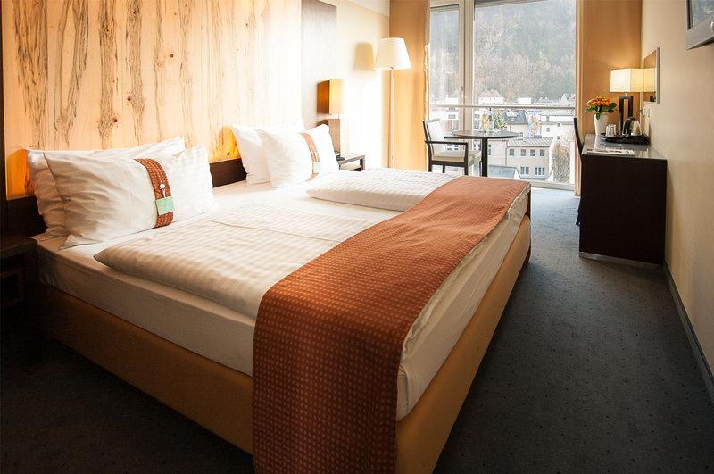 Holiday Inn Salzburg City-Guest Room<br/>Image from Leonardo