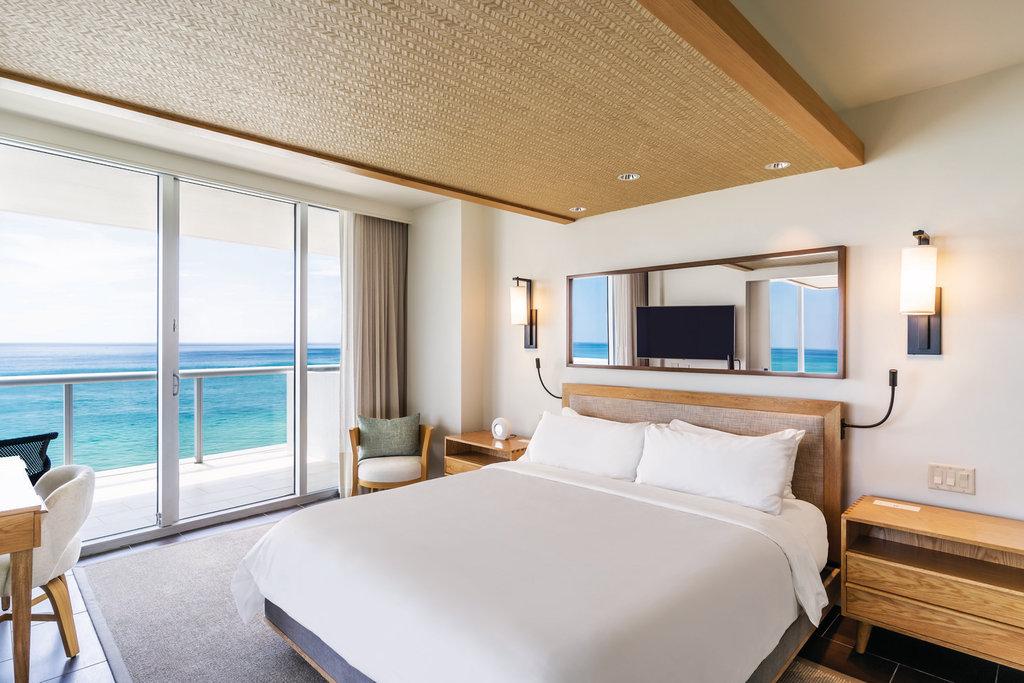 Eden Roc Miami Beach - One Bedroom Suite Oceanfront <br/>Image from Leonardo