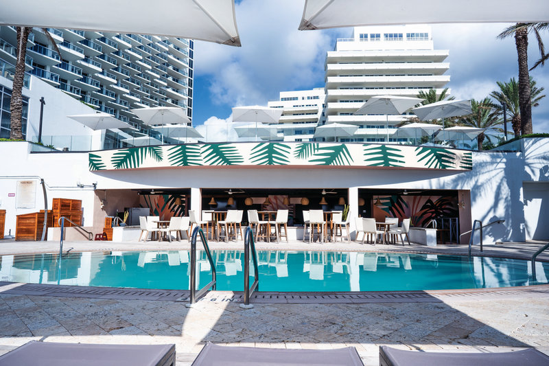 Eden Roc Miami Beach-Pool At Playabar<br/>Image from Leonardo