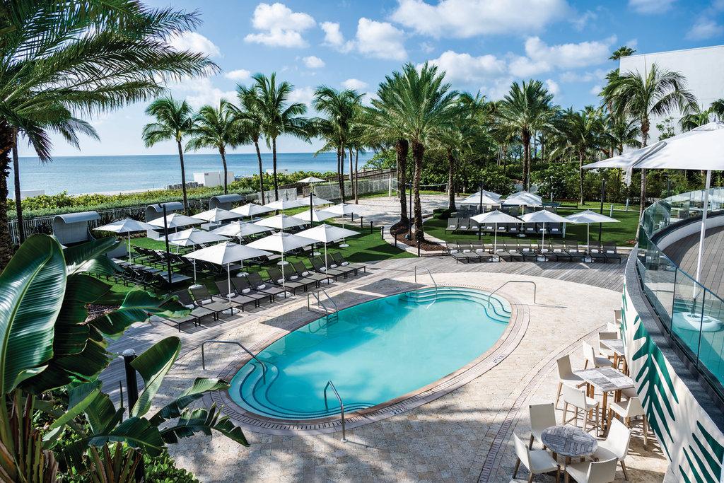 Eden Roc Miami Beach - Pool At Playabar <br/>Image from Leonardo