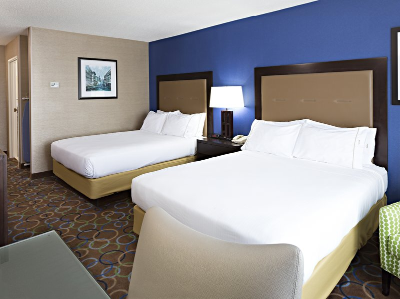 Holiday Inn Express & Suites Manchester Airport-Double Bed Guest Room<br/>Image from Leonardo