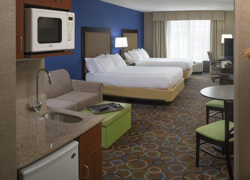 Holiday Inn Express & Suites Manchester Airport-Guest Room<br/>Image from Leonardo