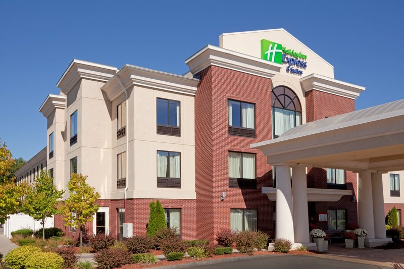 Holiday Inn Express & Suites Manchester Airport-Located just 2 miles from the Manchester Boston Regional Airport<br/>Image from Leonardo