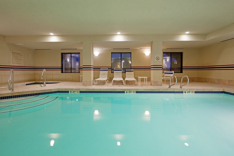 Holiday Inn Express & Suites Manchester Airport-Heated Indoor Swimming Pool and Jacuzzi<br/>Image from Leonardo