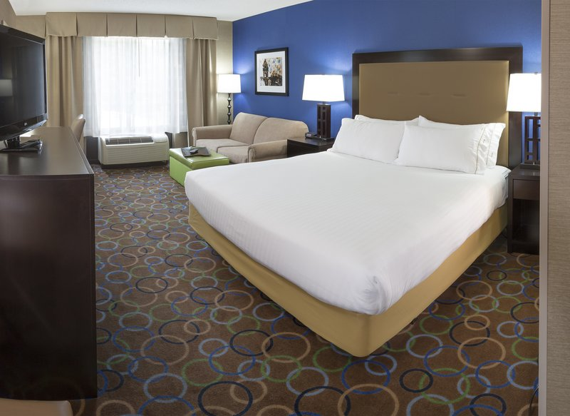 Holiday Inn Express & Suites Manchester Airport-Relax and enjoy our free Wifi throughout the hotel.<br/>Image from Leonardo